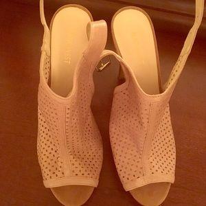 Nine West heels - tan - brand new
